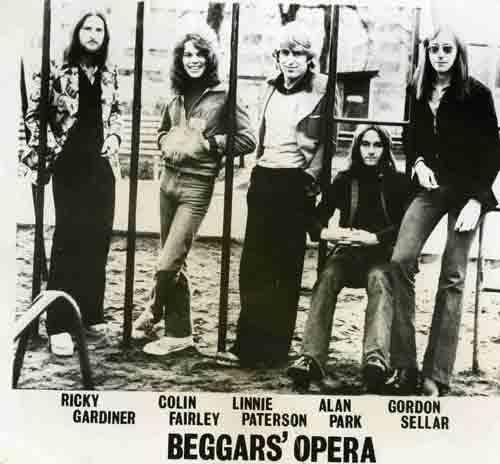 BEGGARS OPERA_profil2