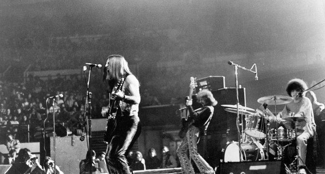 Live Album od Grand Funk Railroad prekonáva trúby z Jericha