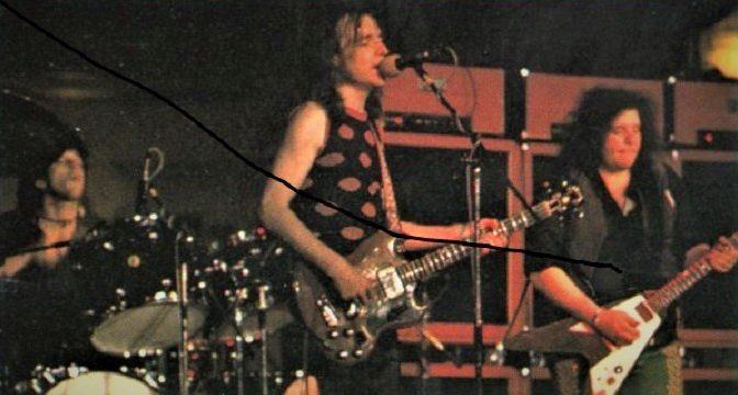 West, Bruce & Laing znejú z pódia, takpovediac, Live