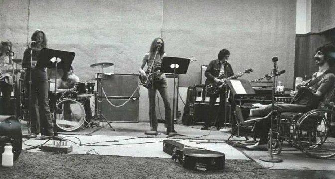 …..všetko, čo by sme tu hore radi dosiahli, je rozšíriť si hranice predstavivosti a sledovať, čo to spôsobí ~ Frank Zappa